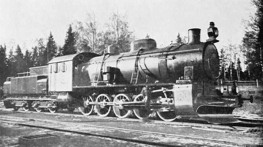 HEAVY TEN-WHEELED-COUPLED LOCOMOTIVE USED IN THE IRON ORE TRAFFIC OF SWEDEN
