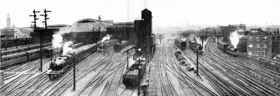 Parallel tracks, south of London Bridge, Southern Railway