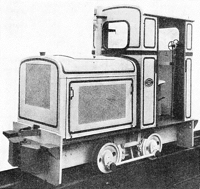 This small Diesel locomotive weighs 4½ tons