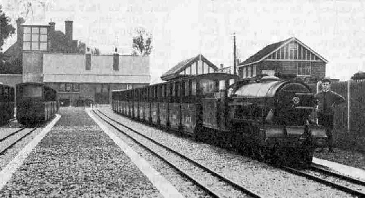 The train standing in Romney Station