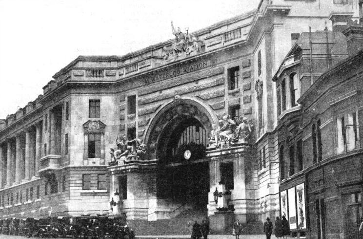 The main entrance to Waterloo Station