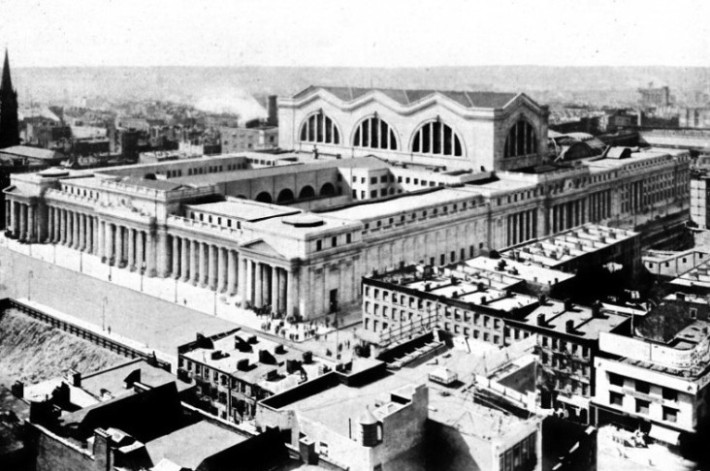 MAGNIFICENT NEW YORK CITY TERMINUS OF THE PENNSYLVANIA RAILROAD