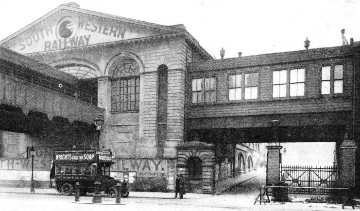Waterloo Station in 1910