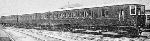NEW ELECTRIC TRAIN FOR SOUTH EASTERN SECTION OF THE SOUTHERN RAILWAY