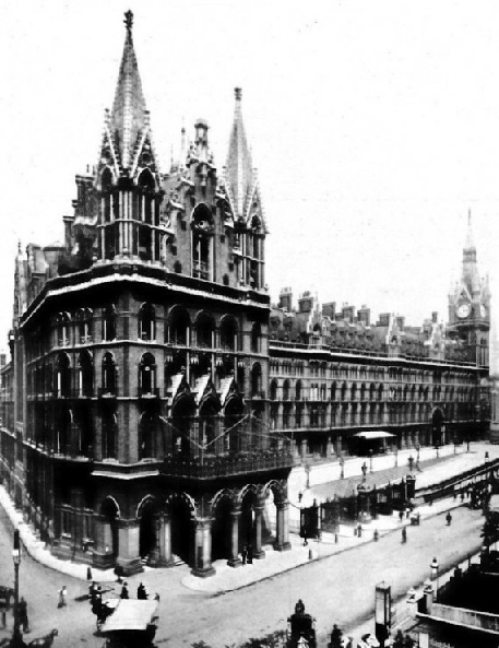 THE MAGNIFICENT FRONTAGE OF ST. PANCRAS STATION