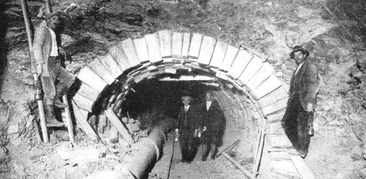 "THE ""ITALIAN"" METHOD, used while boring through particularly difficult sections of the Apennine Tunnel"