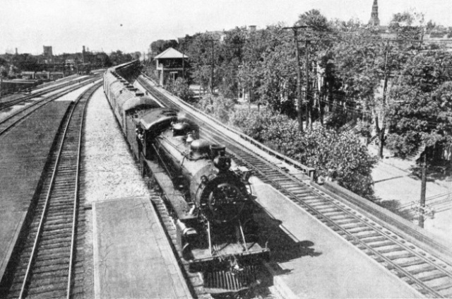 Flat-bottomed rails on the Canadian Pacific Railway