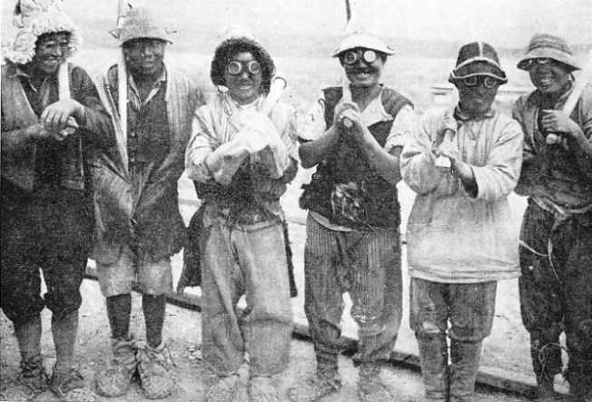 A group of gangers who are compelled to wear goggles to protect their eyes against the constant sandstorms