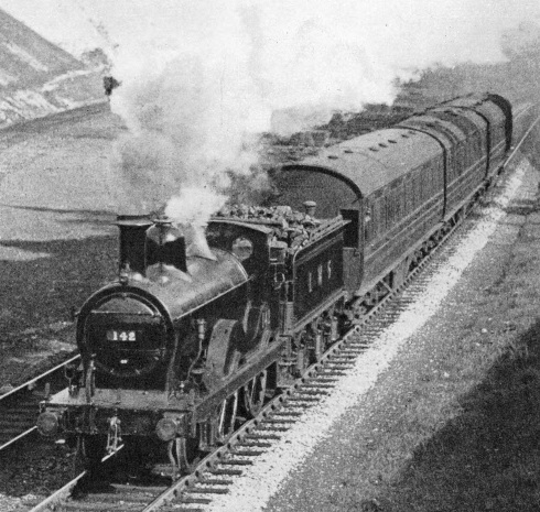 A train on the Buxton-Manchester route