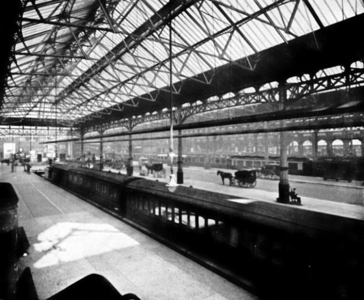 INTERIOR VIEW OF VICTORIA STATION