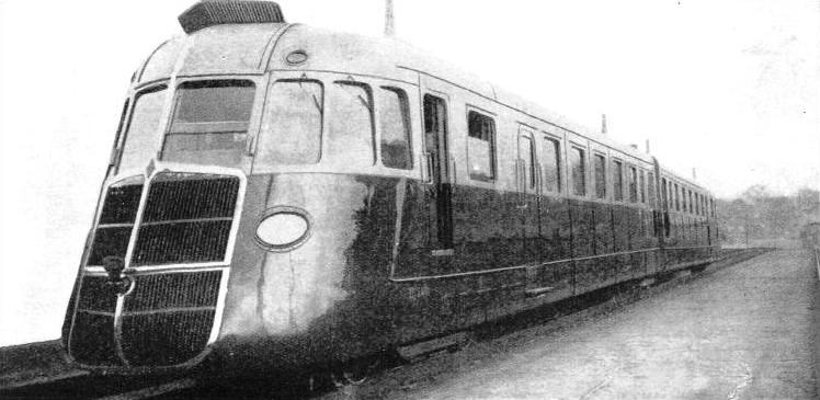 THE RENAULT STREAMLINED EXPRESS, operating on the Paris-Caen route