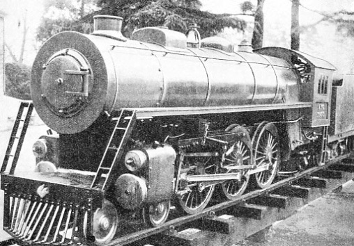 "AN AMERICAN ""PACIFIC"" engine which operates on a private garden railway at Kenton Grange"