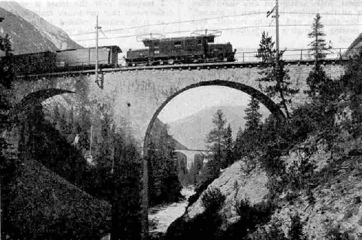 The Engadine Express ascending the spirals in the Aibula Valley