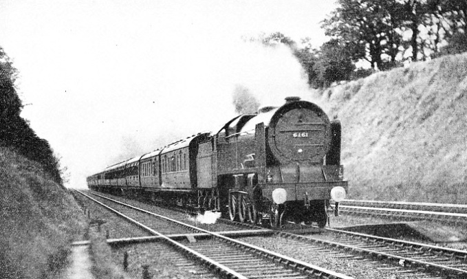 "The up ""Ulster Express"" near Watford"